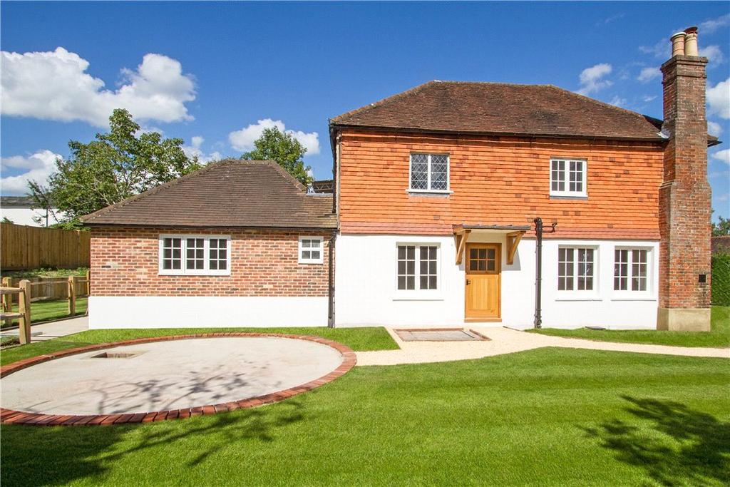 2 Bedrooms Terraced House for sale in Stane Street, Ockley, Dorking, Surrey, RH5