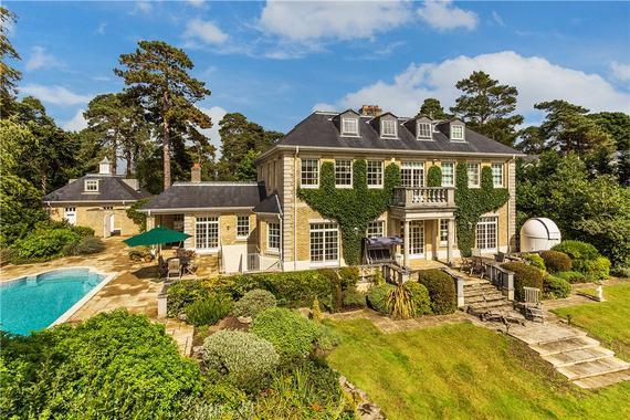 Horseshoe Ridge St George S Hill Weybridge Surrey Kt13 6 Bed Detached House 3 950 000