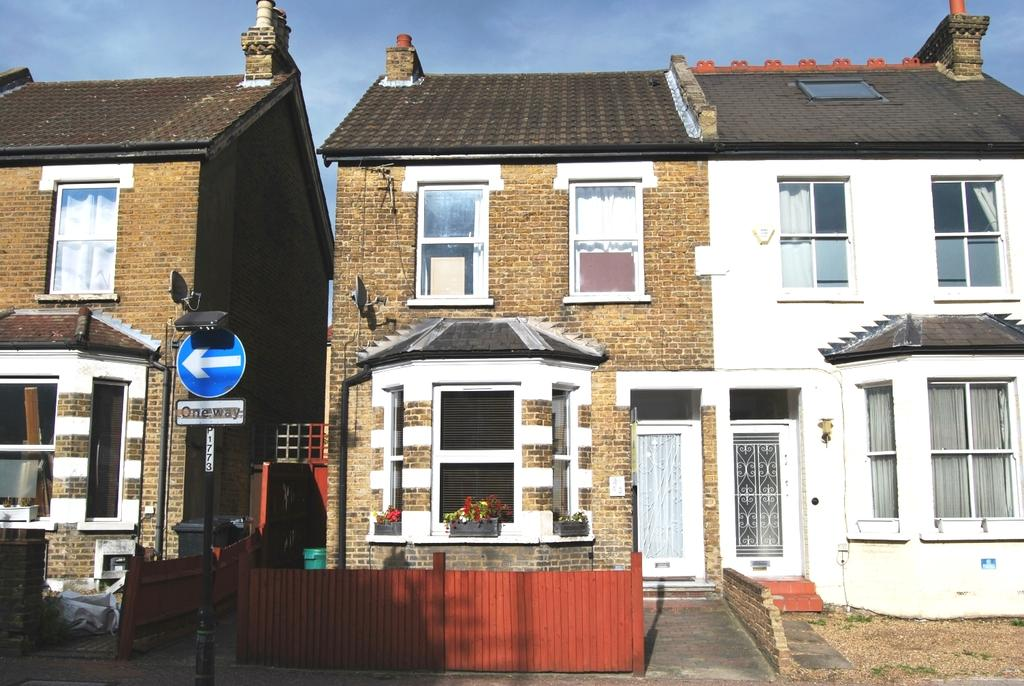 1 Bedroom Flat for sale in West Street Bromley BR1