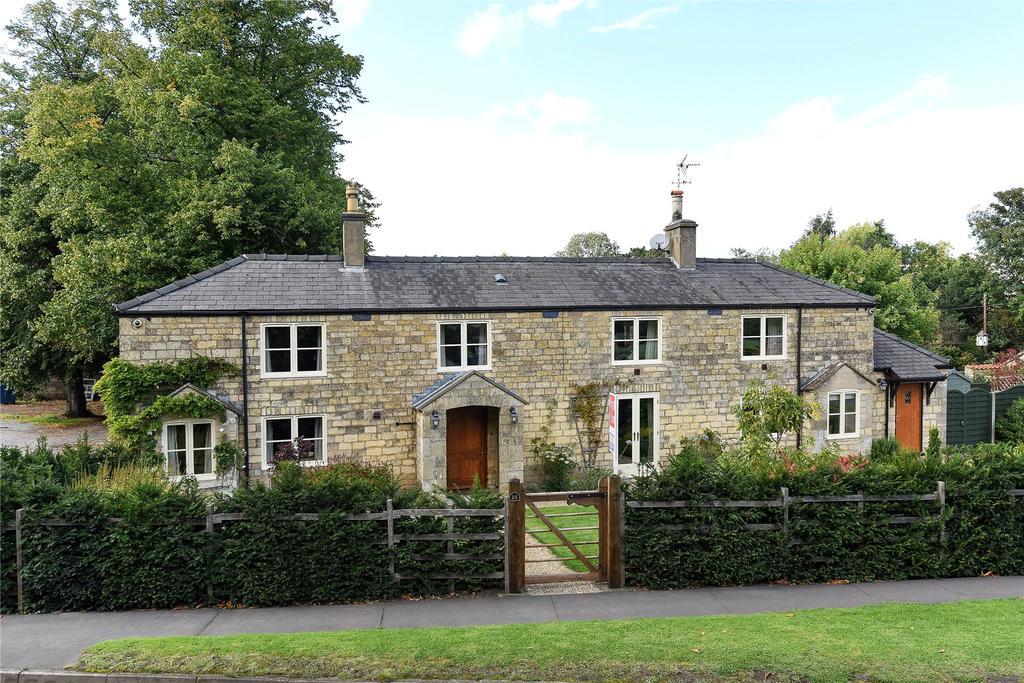 4 Bedrooms Detached House for sale in Main Road, Leadenham, LN5