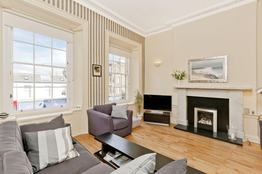 2 Bedrooms Flat for sale in 3 (1F) Mary's Place, Stockbridge, EH4 1JH