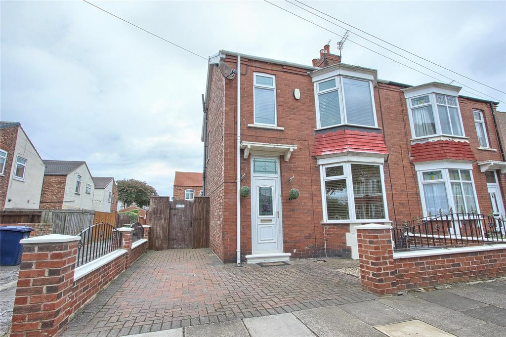 3 Bedrooms Semi Detached House for sale in Victoria Avenue, Redcar