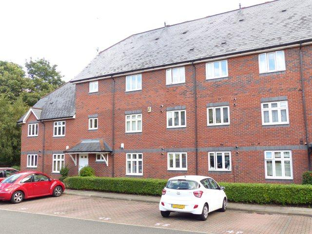2 Bedrooms Ground Flat for sale in Loriners Grove,Walsall,West Midlands