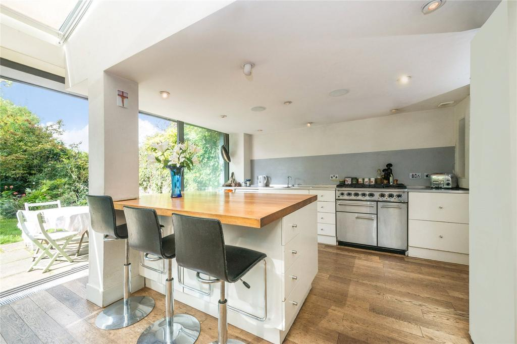 6 Bedrooms Semi Detached House for sale in Lady Margaret Road, Kentish Town, London