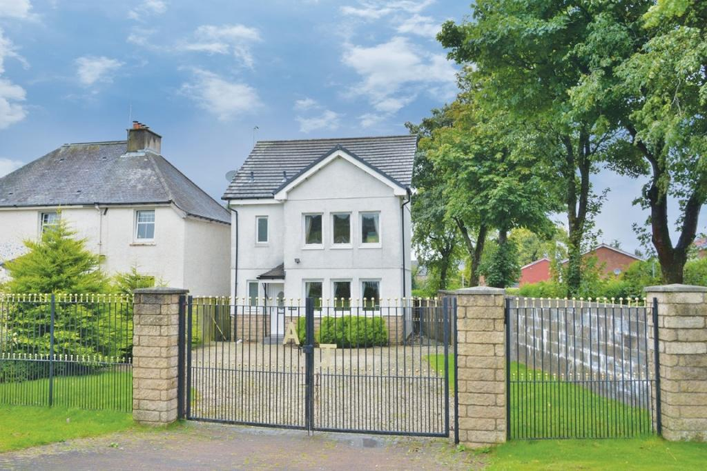 4 Bedrooms Detached House for sale in Lyndhurst Churchill Avenue, Johnstone, PA5 0RB
