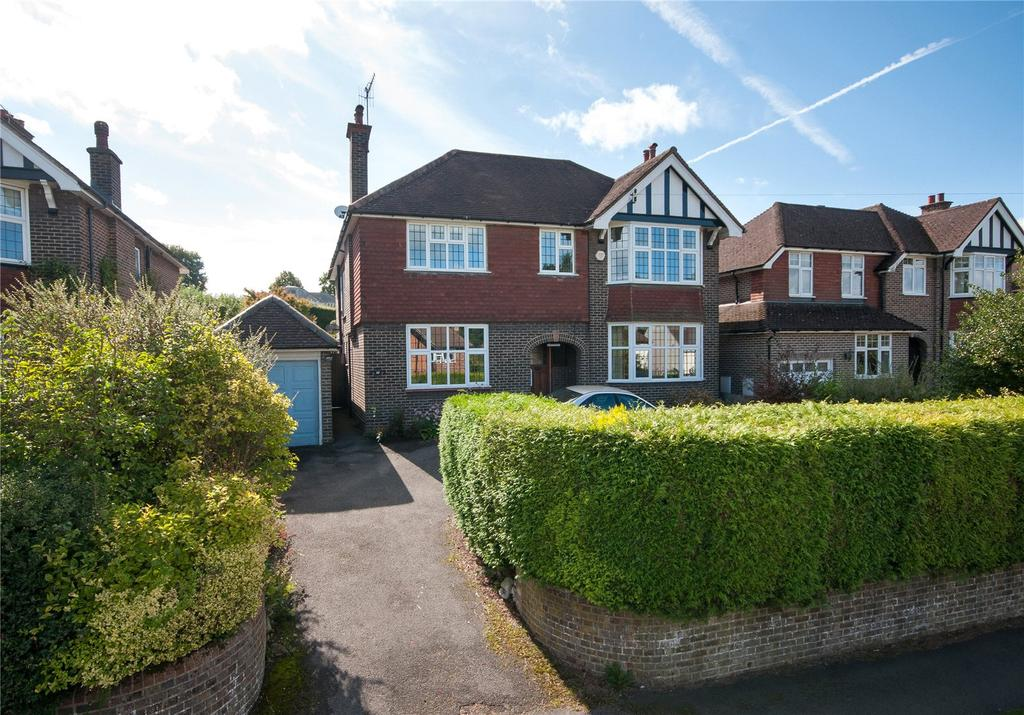 4 Bedrooms Detached House for sale in Waterlow Road, Reigate, Surrey, RH2