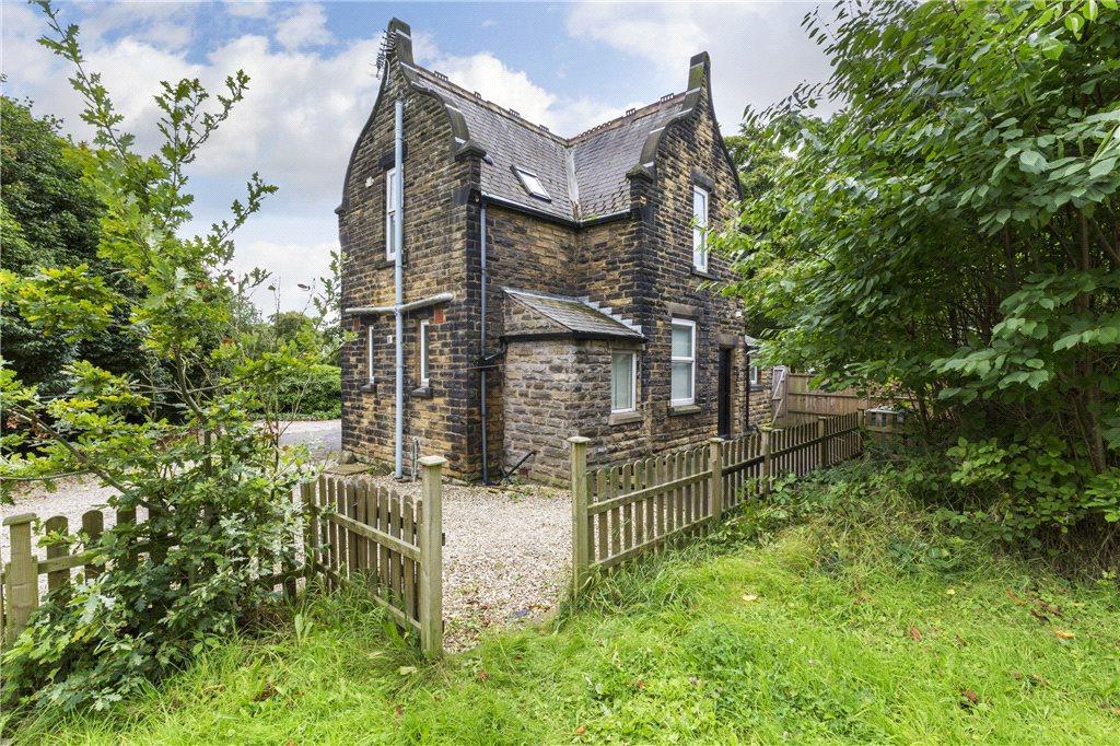 2 Bedrooms Unique Property for sale in Otley Road, Leeds, West Yorkshire