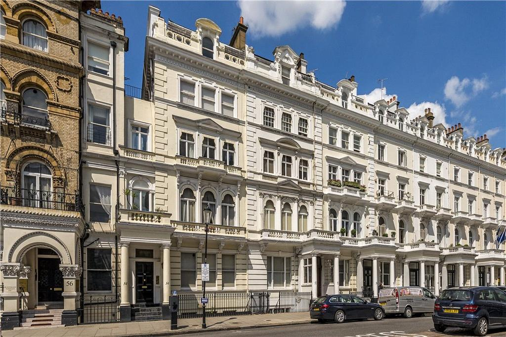 3 Bedrooms Penthouse Flat for sale in Queen's Gate Terrace, London, SW7