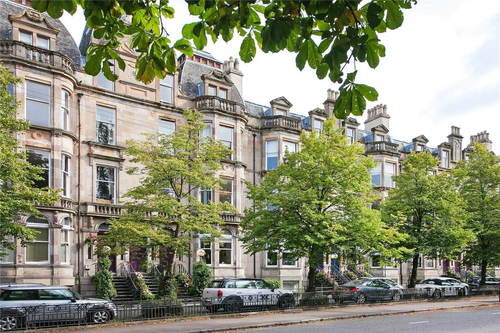 2 Bedrooms Apartment Flat for sale in Flat 1, Queen's Drive, Glasgow, Lanarkshire
