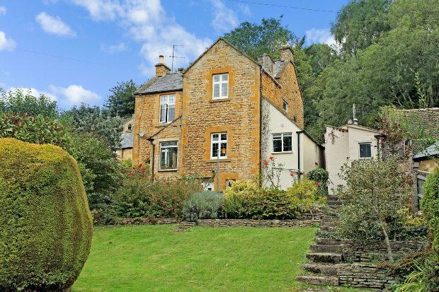 3 Bedrooms Detached House for sale in High Street, Blockley, Moreton-in-marsh