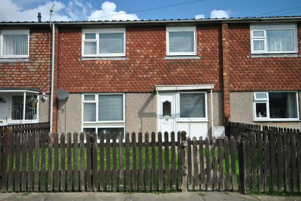 3 Bedrooms Terraced House for sale in Winceby Avenue, Grimsby