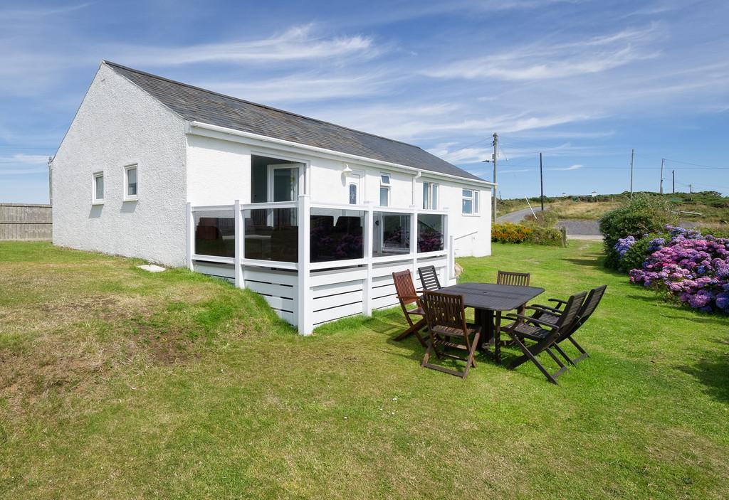 4 Bedrooms Detached Bungalow for sale in Bwlchtocyn, Abersoch, Gwynedd