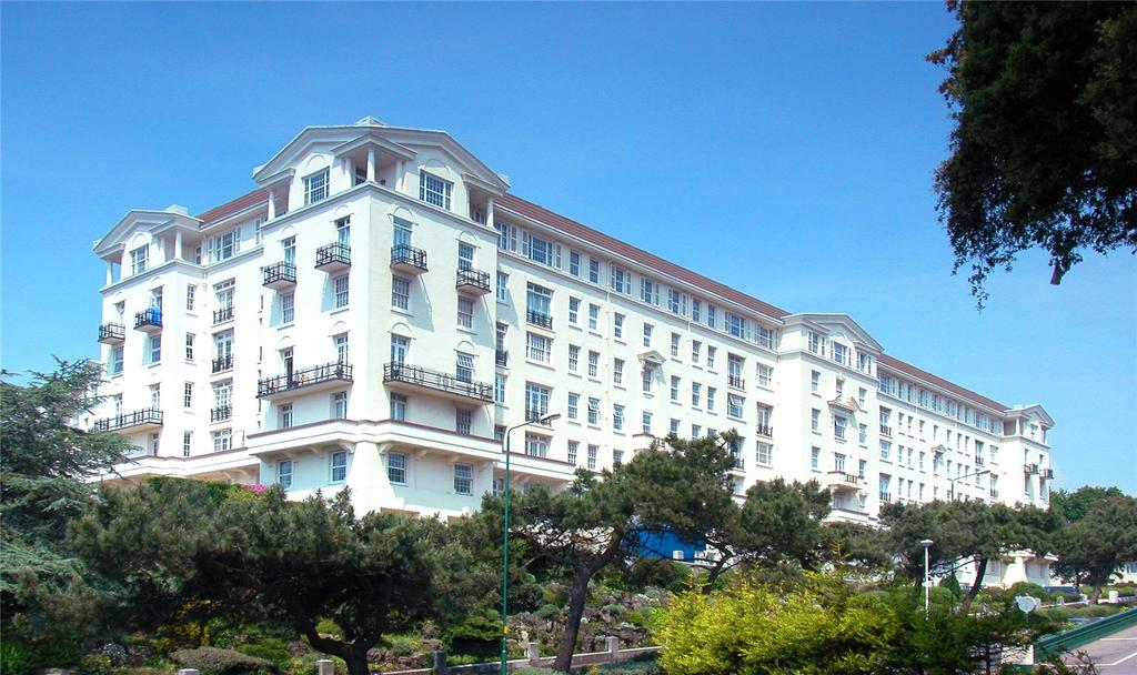 3 Bedrooms Flat for sale in Bath Hill Court, Bath Road, Bournemouth, BH1
