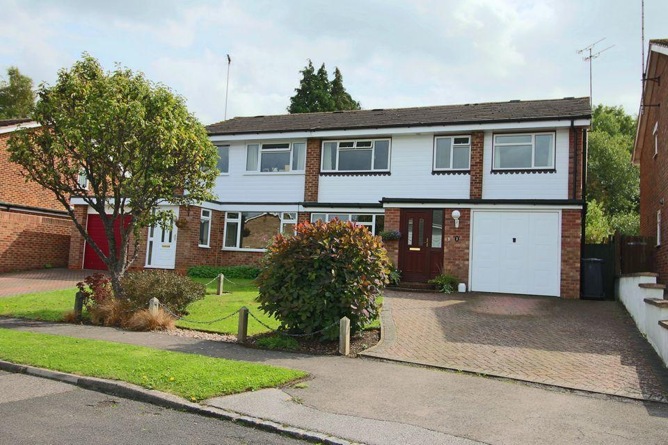 4 Bedrooms Semi Detached House for sale in The Spinney, Hassocks, West Sussex.