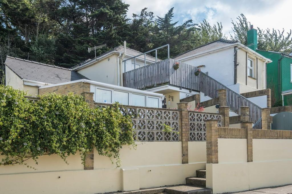 3 Bedrooms Apartment Flat for sale in Kings Road, Bembridge