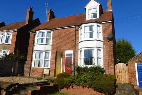 4 bedroom semi-detached house to rent - Angley Road, Cranbrook, Kent