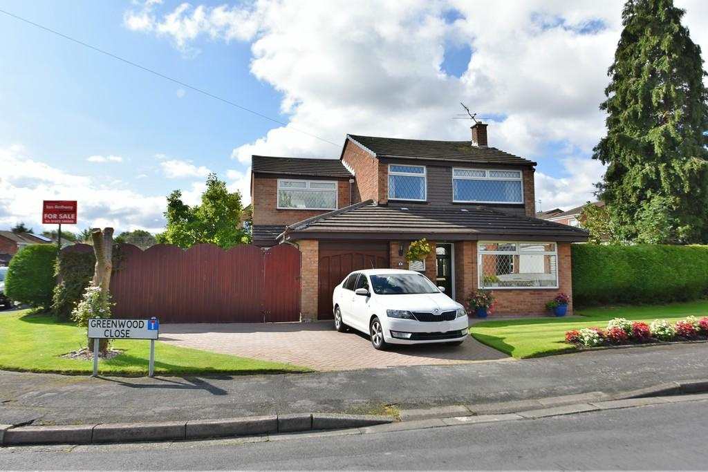 4 Bedrooms Detached House for sale in Greenwood Close, Aughton