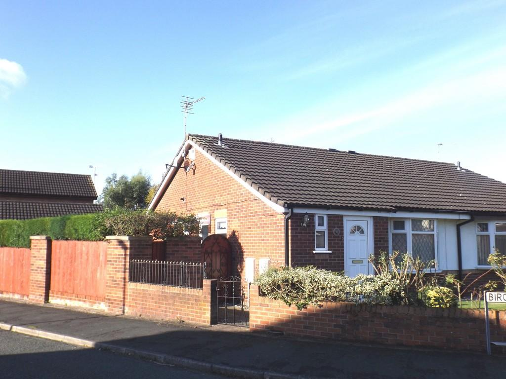 2 Bedrooms Semi Detached Bungalow for sale in Ellis Street, Crewe