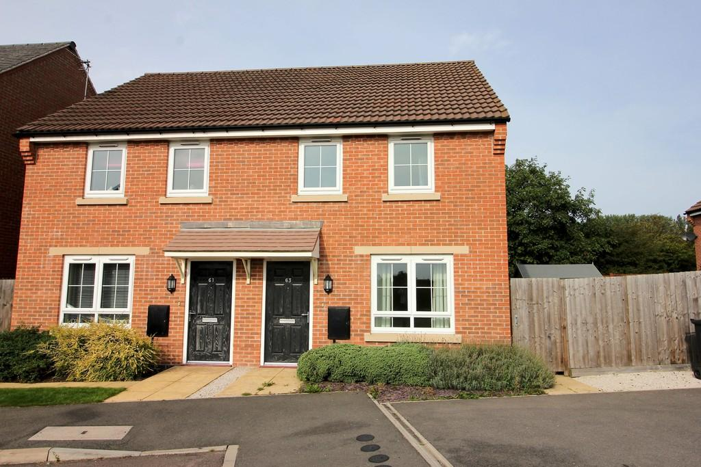 2 Bedrooms Semi Detached House for sale in Woodroffe Way, East Leake