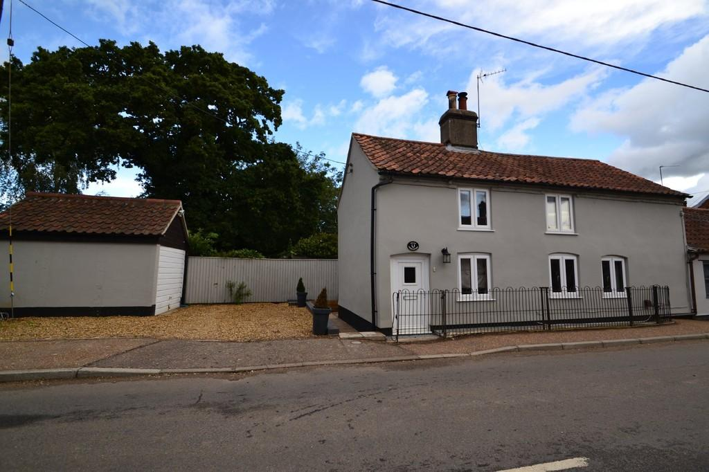 2 Bedrooms Cottage House for sale in Lyng, Norfolk