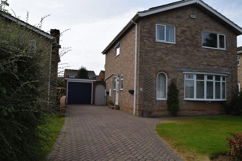 4 Bedrooms Detached House for sale in Staindale ,Guisbrough