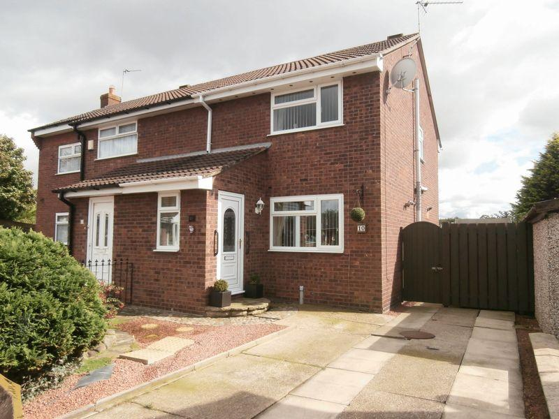 3 Bedrooms Semi Detached House for sale in Duncombe Court, Hedon