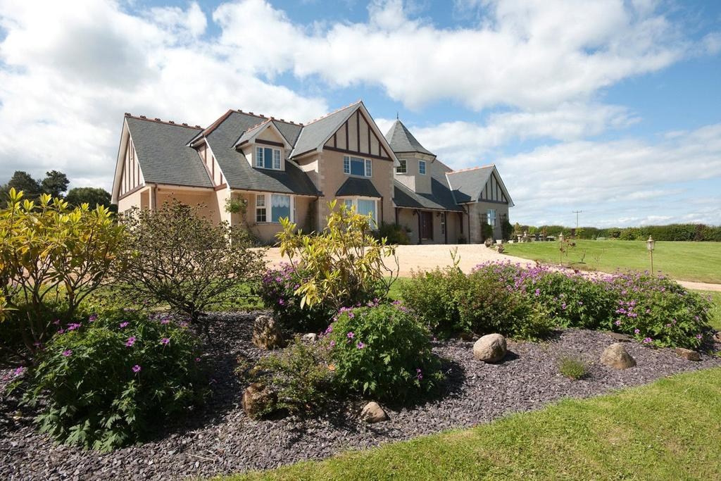 4 Bedrooms Detached House for sale in Caberfeidh House, Auldearn, Nairn, IV12