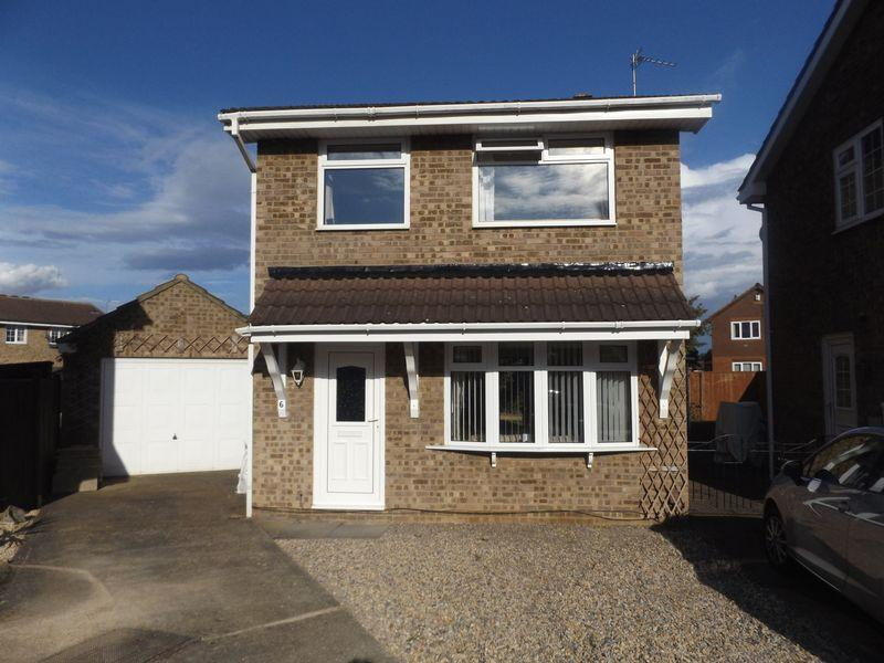 3 Bedrooms Detached House for sale in Harebell Close, Stockton-On-Tees