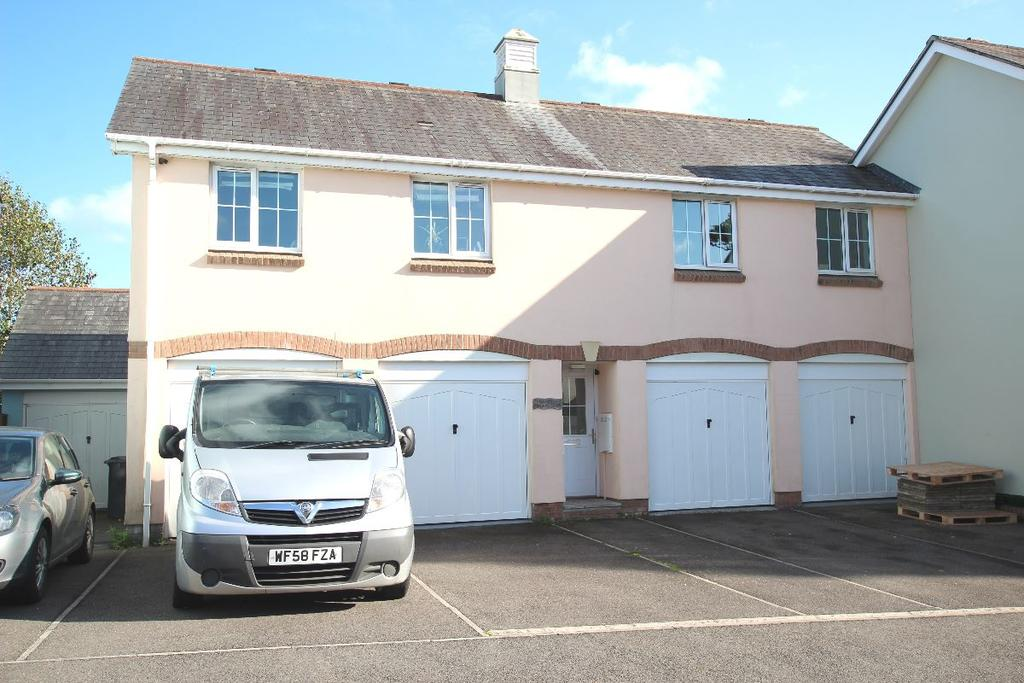 2 Bedrooms Semi Detached House for sale in Chudleigh Knighton
