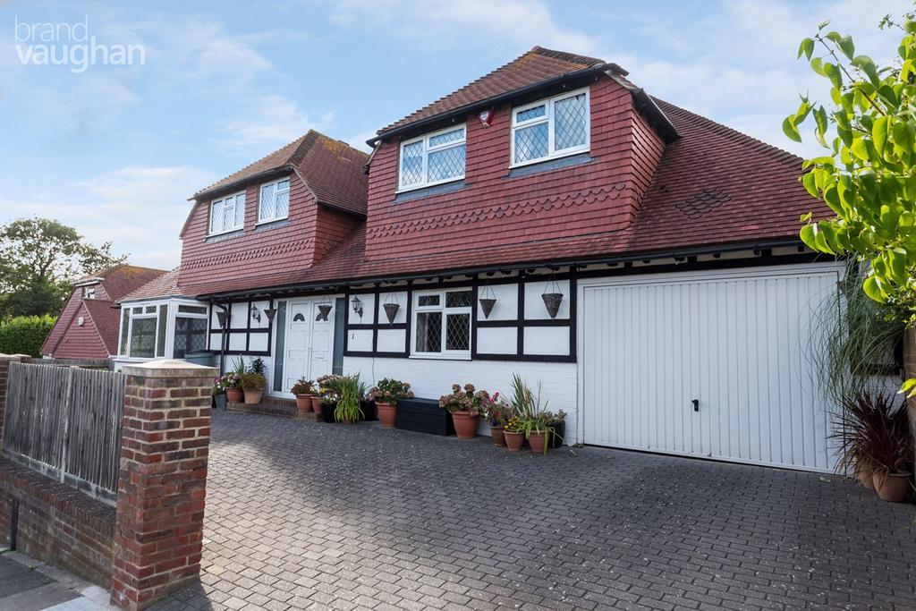 6 Bedrooms Detached House for sale in Brownleaf Road, Brighton, BN2