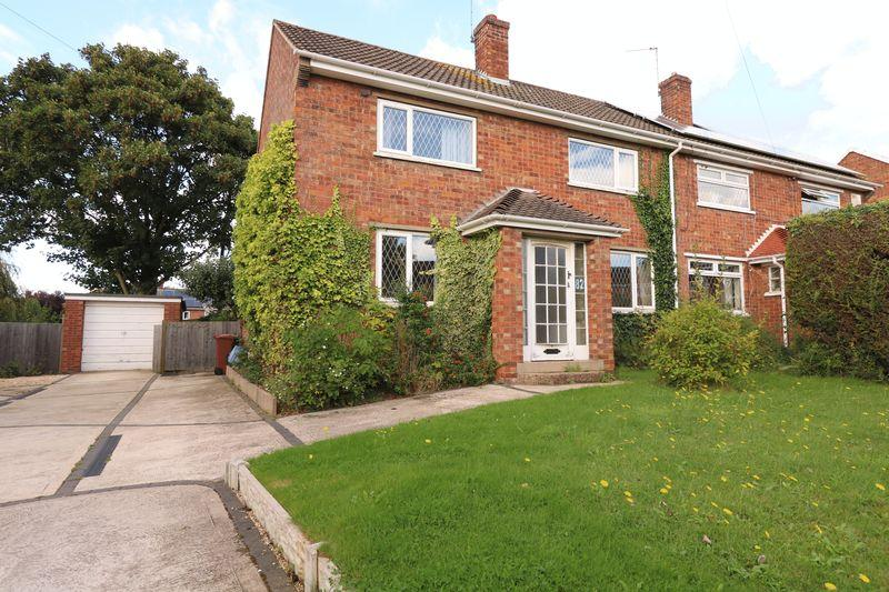 3 Bedrooms Semi Detached House for sale in Spilsby Road, Scunthorpe