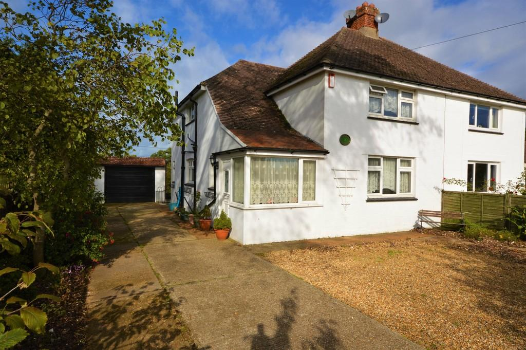 3 Bedrooms Semi Detached House for sale in Canteen Road, Whiteley Bank