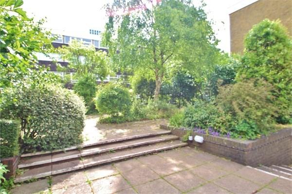 1 Bedroom Flat for sale in Somerhill Road, Hove, BN3
