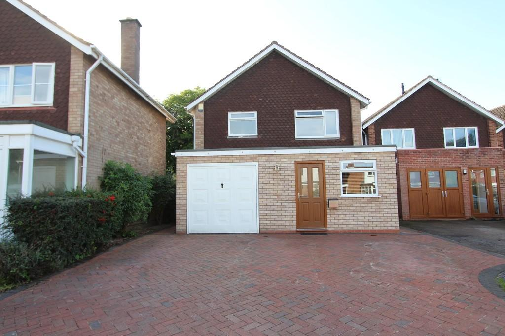 3 Bedrooms Detached House for sale in Crabmill Close, Knowle