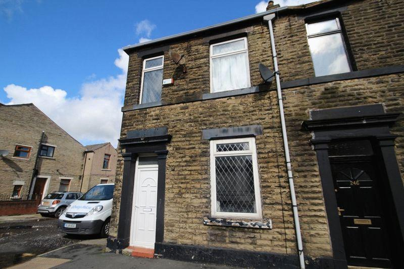 3 Bedrooms Terraced House for sale in Rochdale Road, Firgrove, Rochdale OL16 3BD