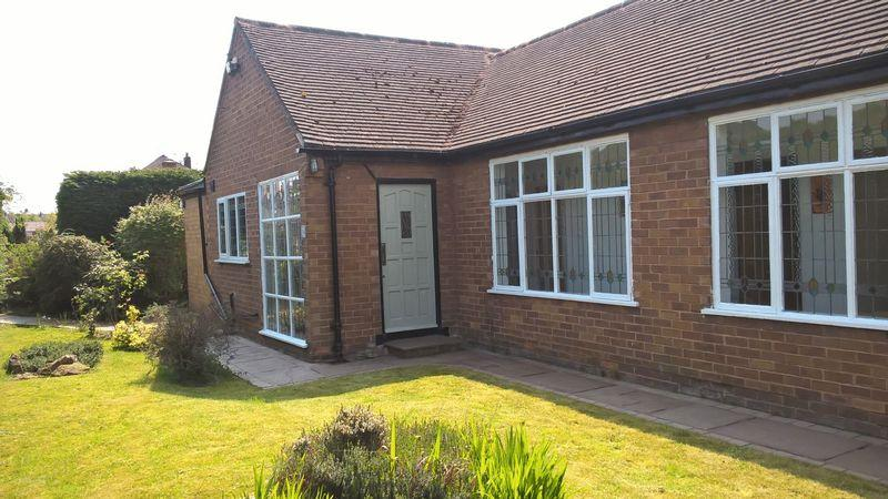 3 Bedrooms Detached Bungalow for sale in Thingwall Drive, Irby