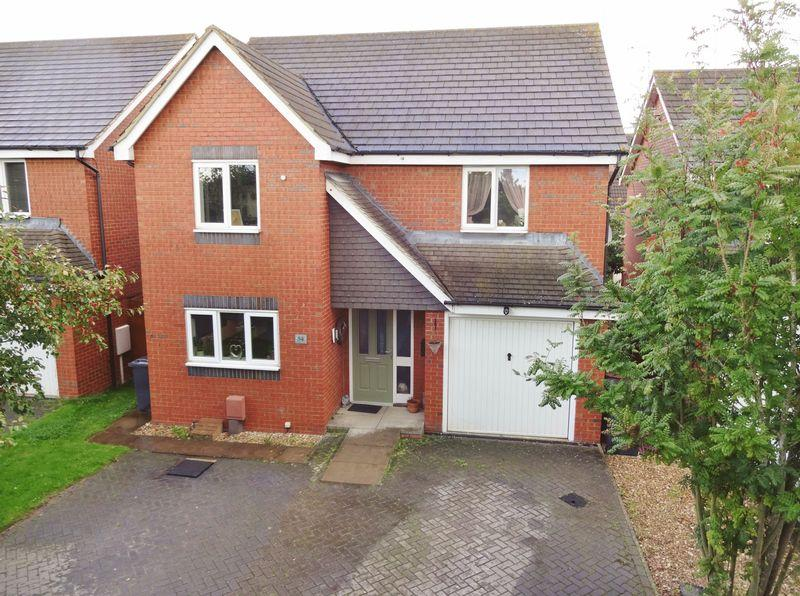 4 Bedrooms Detached House for sale in Boughton Road, Corby