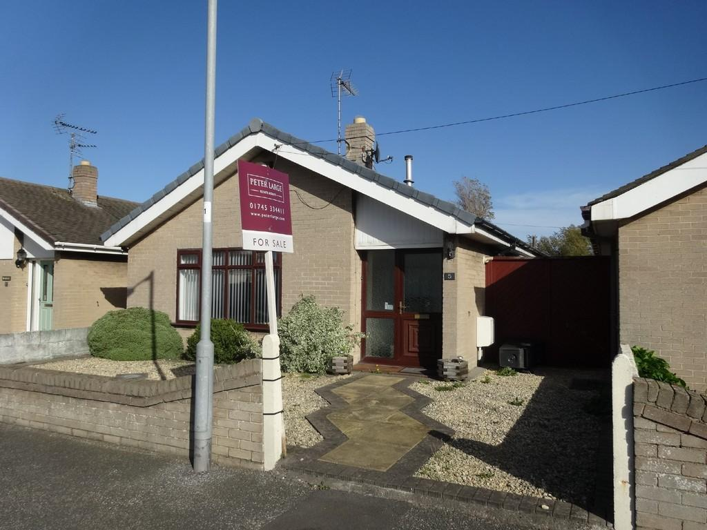 2 Bedrooms Detached Bungalow for sale in Bryn Avenue, Rhyl