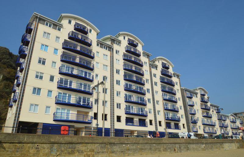 3 Bedrooms Apartment Flat for sale in SANDOWN