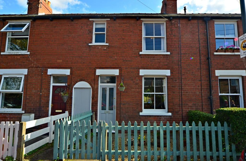 3 Bedrooms Terraced House for sale in 7 Grayburn Lane, BEVERLEY