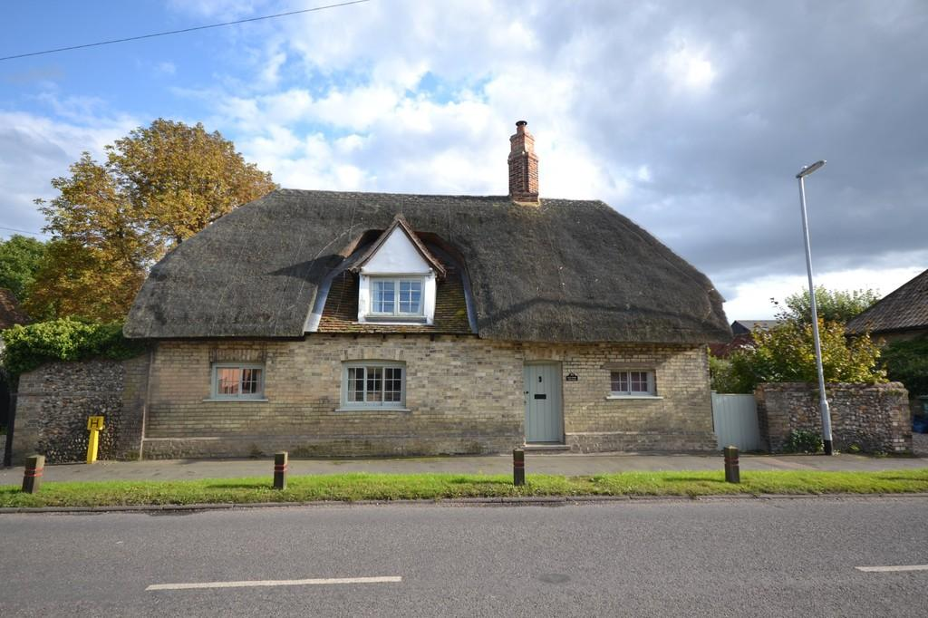 4 Bedrooms Detached House for sale in Abbey Street, Ickleton