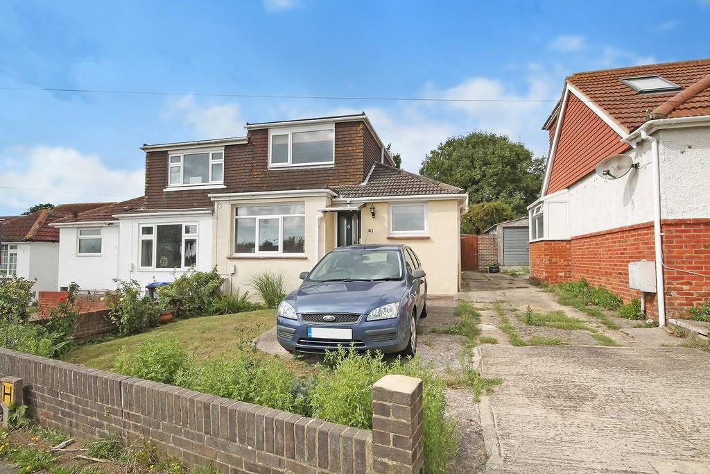 3 Bedrooms Semi Detached Bungalow for sale in Sedbury Road, Sompting, Lancing