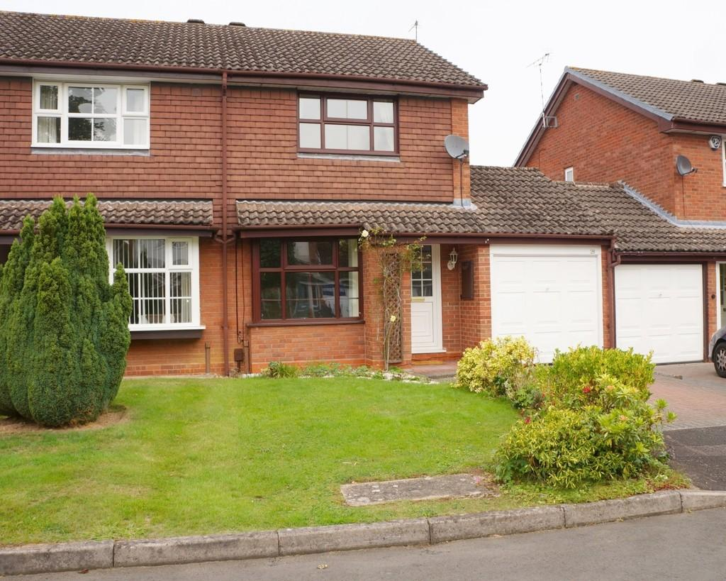 2 Bedrooms Semi Detached House for sale in Needhill Close, Knowle