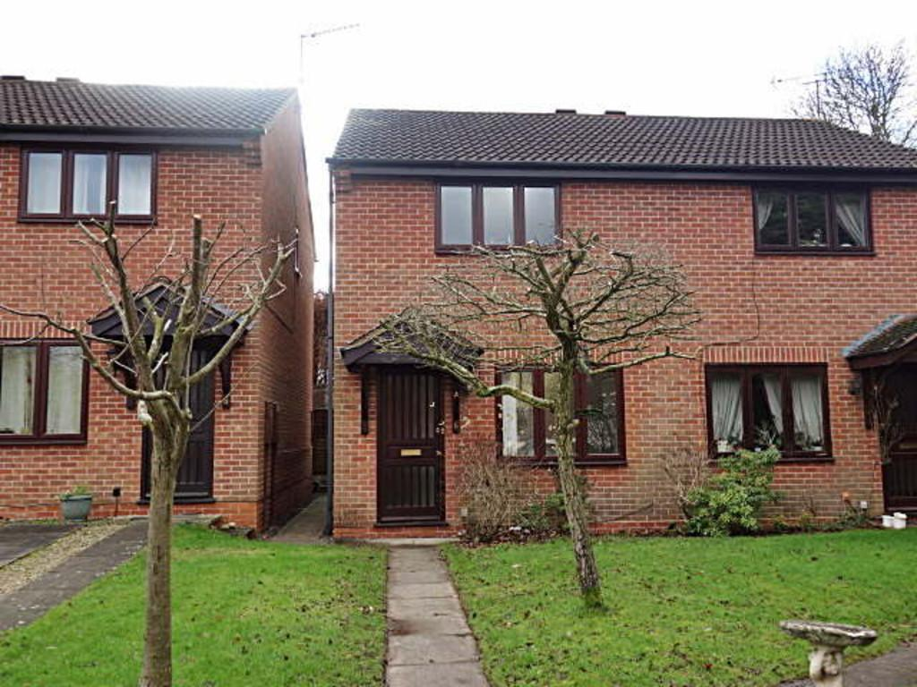 2 Bedrooms Semi Detached House for sale in Millbank Mews, Kenilworth