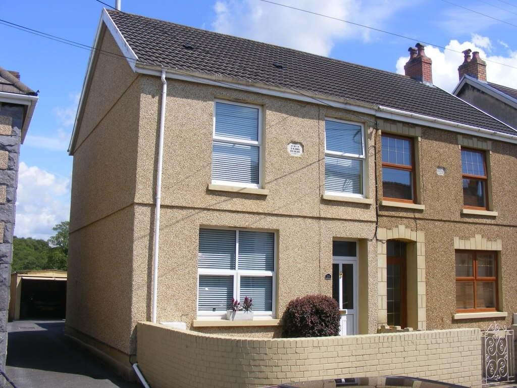 3 Bedrooms Semi Detached House for sale in Furnace Terrace, Pontyberem