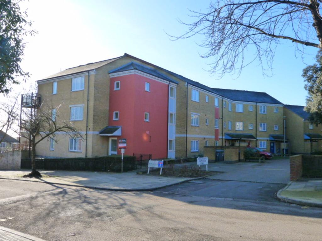 1 Bedroom Flat for sale in Worcester Close, Dollis Hill