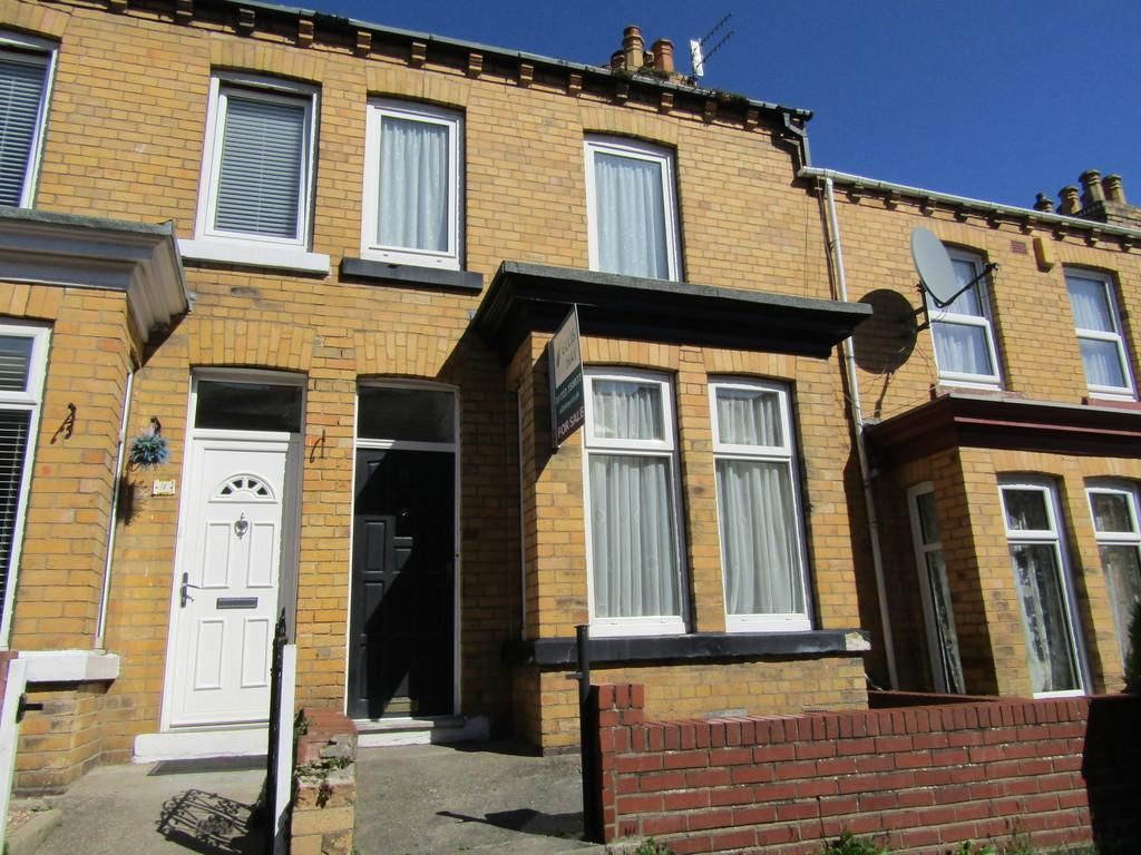 2 Bedrooms Terraced House for sale in Franklin Street, Scarborough