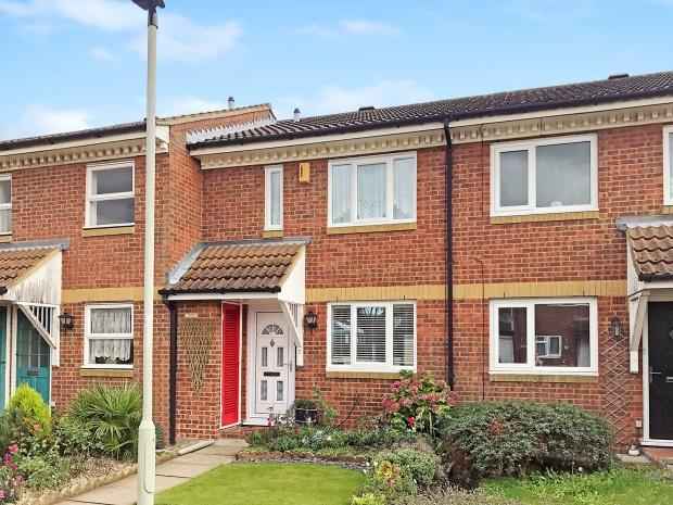 2 Bedrooms Terraced House for sale in Alburgh Close Alburgh Close, Bedford, MK42