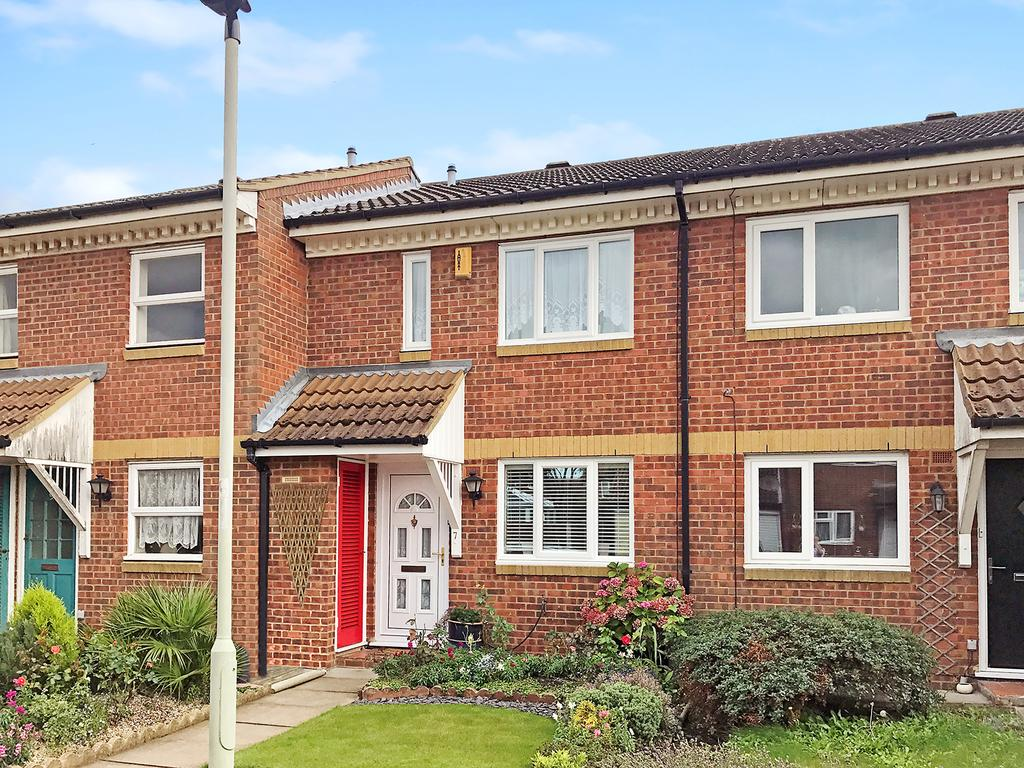 2 Bedrooms Terraced House for sale in Alburgh Close, Bedford MK42
