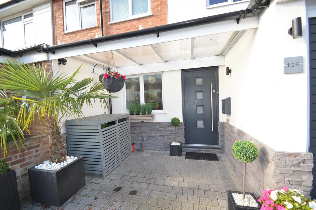 3 Bedrooms Terraced House for sale in Sidney Road, WALTON ON THAMES KT12